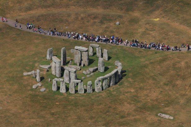 Tudo é relativo em viagens: o exemplo de Stonehenge