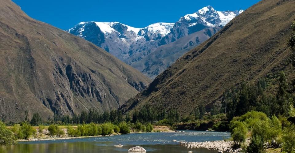 Resultado de imagem para montanhas peruanas